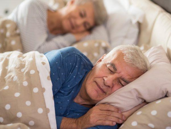 Convulsão dormindo: causas e sintomas! - Mais Idade
